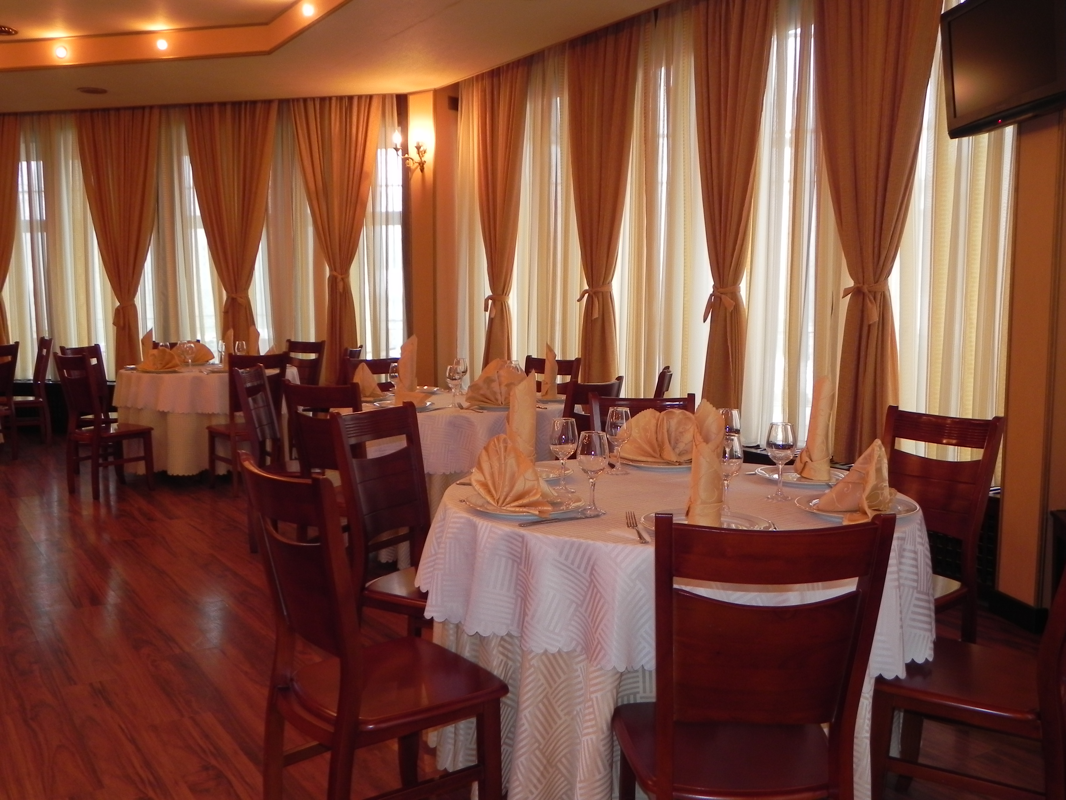 restaurant-Columna-hotel-hestia-calarasi-03